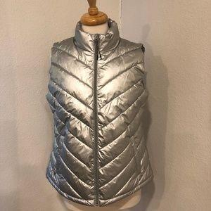 NWT Gap Silver Metallic Puffer Vest